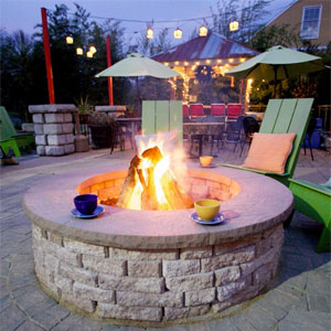 Built-in Fire Pit with Coffee Cups and Patio Chairs